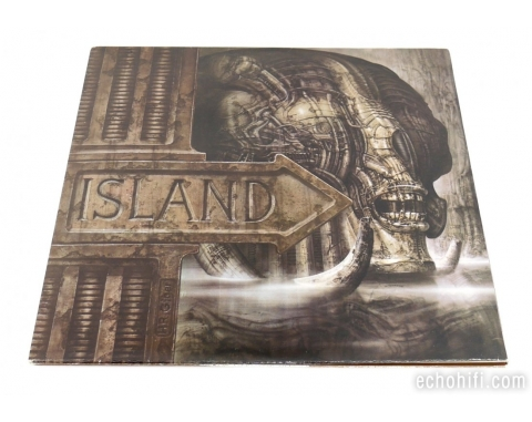 Round Records Island - Pictures