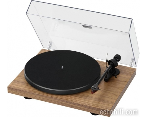 Pro-Ject Debut Carbon Walnut